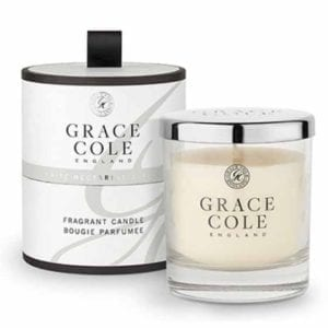 White Nectarine and Pear Fragrant Candle